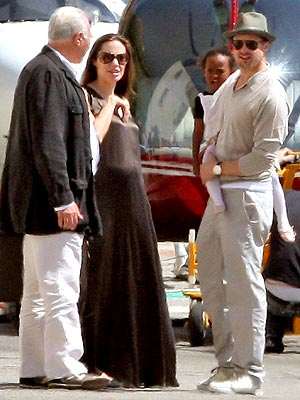 READY FOR TAKEOFF photo | Angelina Jolie, Brad Pitt