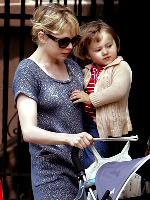 MOMMY&#39;S DAY OUT photo | Michelle Williams