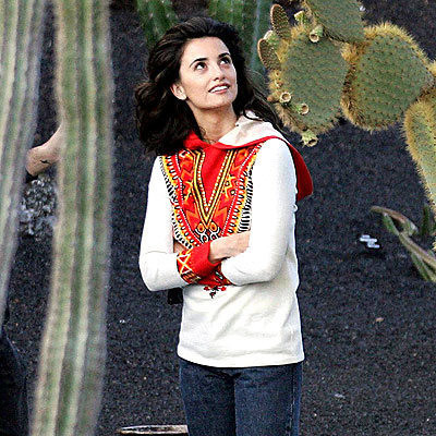 DESERT GETAWAY photo | Penelope Cruz