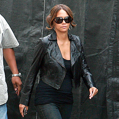 TOUGH CHICK  photo | Halle Berry