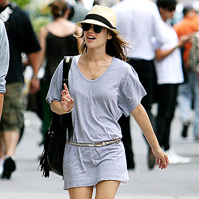SHOPPING SPREE photo | Rachel Bilson