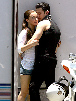 ON-SET ROMANCE  photo | Hayden Panettiere, Milo Ventimiglia