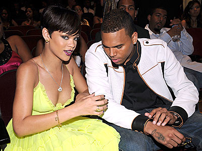 AUDIENCE PARTICIPATION photo | Chris Brown, Rihanna