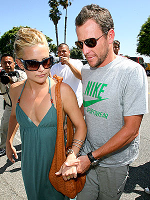 A 'SHORE' THING photo | Kate Hudson, Lance Armstrong