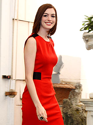 INTELLIGENT DESIGN photo | Anne Hathaway