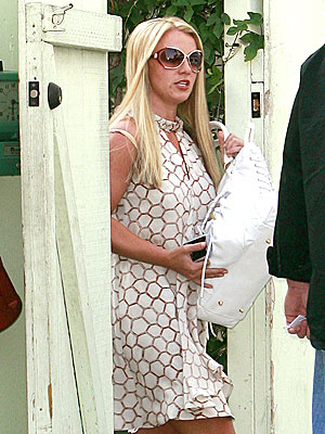 STRAIGHT AND NARROW photo | Britney Spears