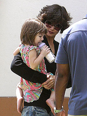 Star Tracks - Wednesday, July 16, 2008 - FLIP OUT - Katie Holmes, Suri Cruise : People.com :  satrs hair style people