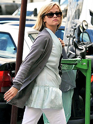 QUICK PASS photo | Reese Witherspoon