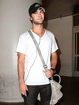 PLUGGED IN photo | Chace Crawford
