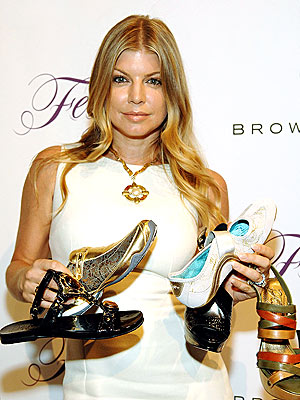FAMOUS FOOTWEAR photo | Fergie