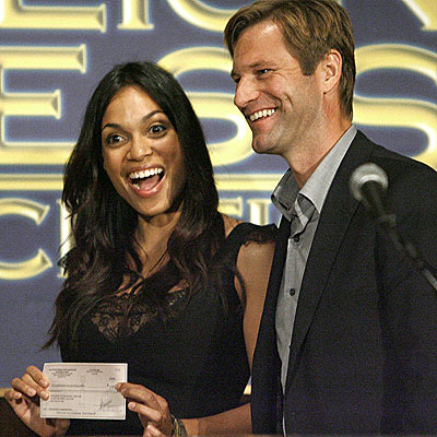 PAY DAY photo | Aaron Eckhart, Rosario Dawson
