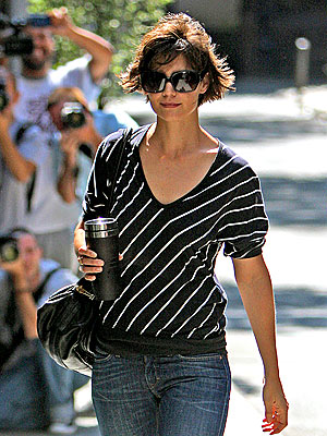 STAR IN STRIPES photo | Katie Holmes