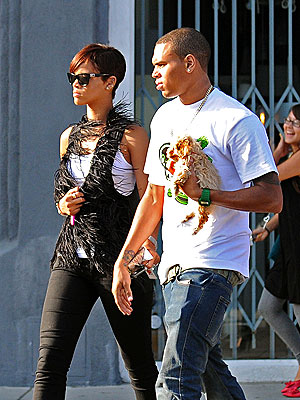 SHOP AROUND photo  Chris Brown, Rihanna