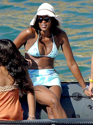 MODEL BOAT photo | Naomi Campbell