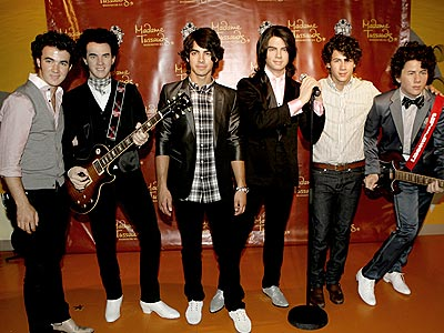 WAX ON, WAX OFF photo | Joe Jonas, Jonas Brothers, Kevin Jonas, Nick Jonas