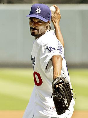 CURVE BALL  photo | Snoop Dogg