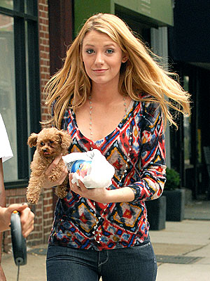IT'S HER BIRTHDAY! photo | Blake Lively