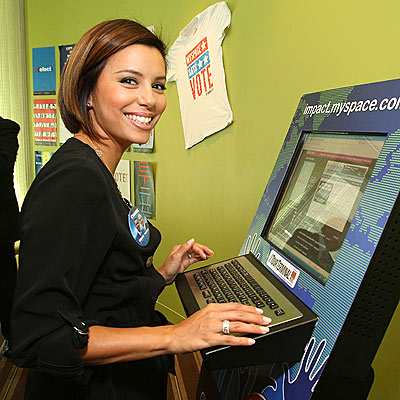 COMPUTER WIZ photo | Eva Longoria