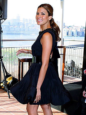 GIVE IT A WHIRL photo   Eva Mendes