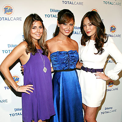 SO FRESH & SO CLEAN photo | Jamie-Lynn Sigler, Lindsay Price, Vanessa Minnillo