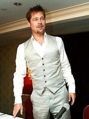 FUNNY BUSINESS  photo | Brad Pitt