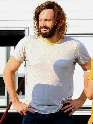HAIRY SITUATION  photo | Ben Affleck