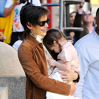 BRAIDY BUNCH photo | Katie Holmes, Suri Cruise