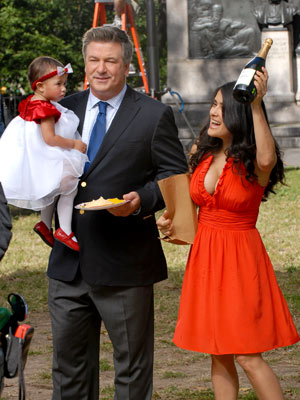 PARTY CENTRAL  photo | Alec Baldwin, Salma Hayek