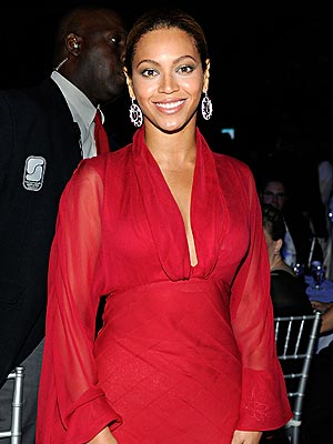 LADY IN RED photo | Beyonce Knowles