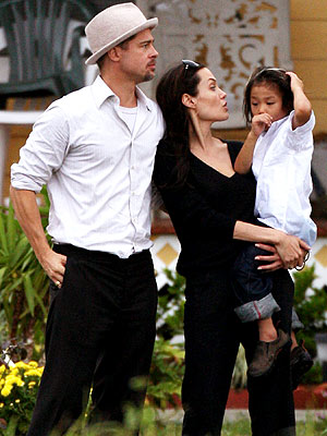 HOUSING WORK photo | Angelina Jolie, Brad Pitt