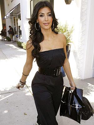 'MAC' FACTOR photo | Kim Kardashian