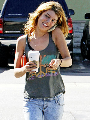 COFFEE TALK photo | Shenae Grimes