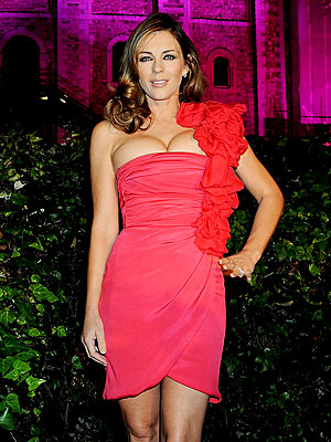 VA VA VOOM photo | Elizabeth Hurley