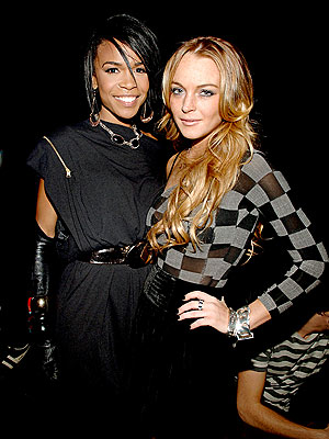 'CIRCUS' ACT photo   Lindsay Lohan, Michelle Williams (Musician)