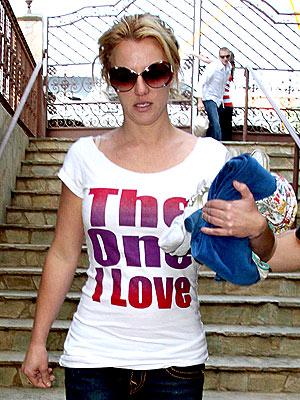 'LOVE' SCENE photo | Britney Spears