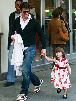 EASTERN BLOCK photo | Suri Cruise, Tom Cruise