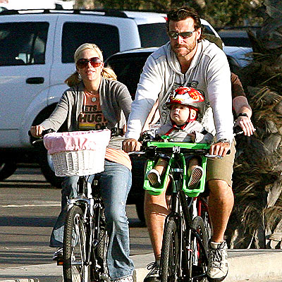 WHEEL GOOD TIME photo | Dean McDermott, Tori Spelling