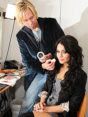 MAGIC TOUCH photo | Vanessa Hudgens