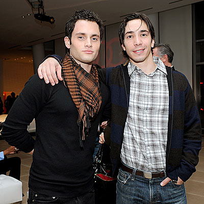'MAC' DADDY photo | Justin Long, Penn Badgley