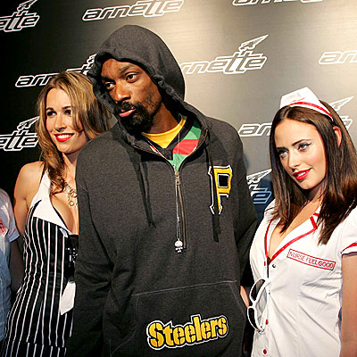 DOWN UNDER DOGG  photo | Snoop Dogg