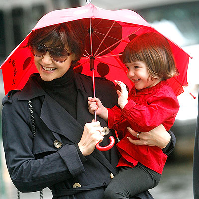 RAIN DATE photo | Katie Holmes, Suri Cruise