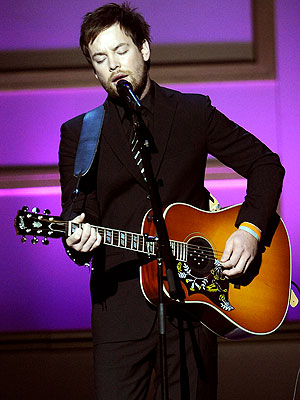 GUITAR HERO photo | David Cook