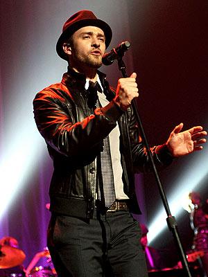 MIKED UP  photo | Justin Timberlake