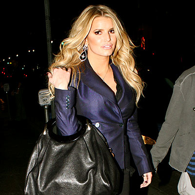 HOT DISH photo | Jessica Simpson