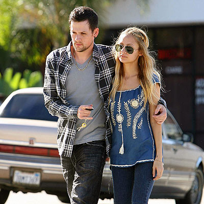 ATTACHED AT THE HIP photo | Joel Madden, Nicole Richie