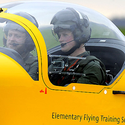 FLIGHT SCHOOLING  photo | Prince Harry
