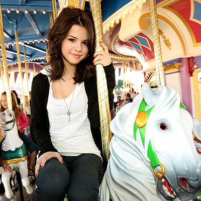 HORSING AROUND photo  Selena Gomez