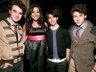 FANTASTIC FOUR photo | Joe Jonas, Jonas Brothers, Jordin Sparks, Kevin Jonas, Nick Jonas