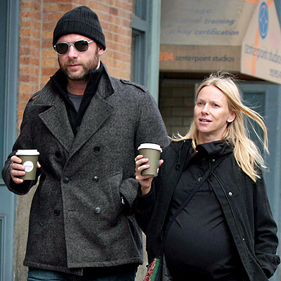 DOUBLE SHOTS photo | Liev Schreiber, Naomi Watts