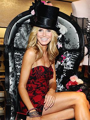 HAT OF THE MATTER  photo | Heidi Klum